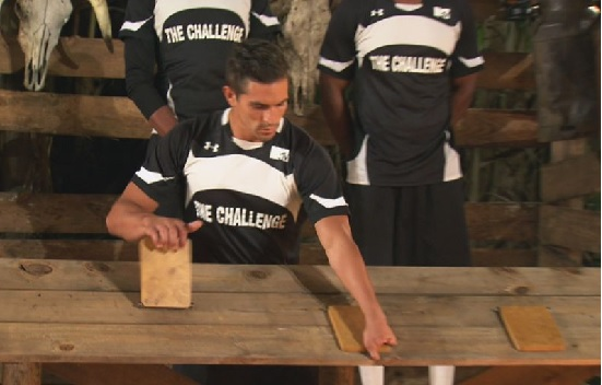 MTV-Challenge-Free-Agents-Jordan-Pulls-All-Three